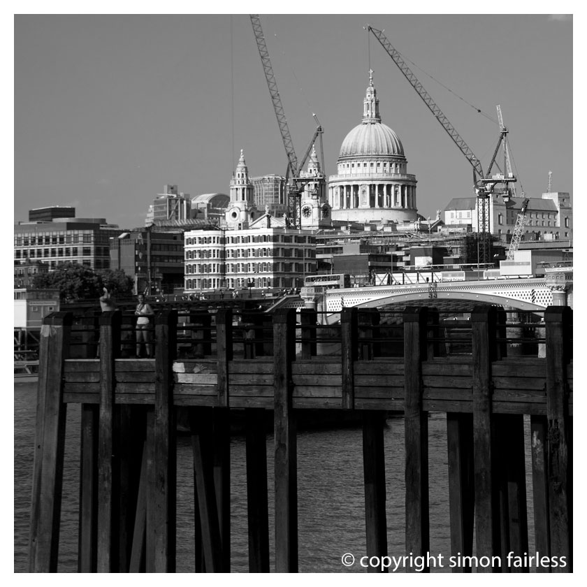 london image st pauls and gabriels wharf